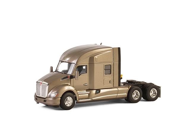 USA Basic Line KENWORTH T680 6X4 SILVER , Van WSI Models