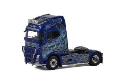 Ingo Dinges VOLVO FH4 GLOBETROTTER XL 4×2 , Van WSI Models