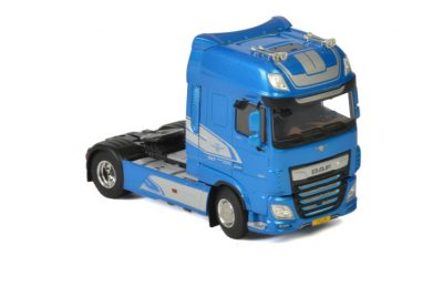 Premium Line DAF XF SUPER SPACE CAB MY2017 BLUE , Van WSI Models