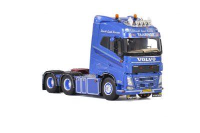 Henrik Lund Hansen VOLVO FH4 GLOBETROTTER 6×2 TAG AXLE , Van WSI Models