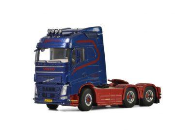 BLS Danmark VOLVO FH4 GLOBETROTTER 6×2 TAG AXLE , Van WSI Models