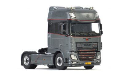 Premium Line Truckland GT DAF XF SUPER SPACE CAB MY2017 4X2 , Van WSI Models