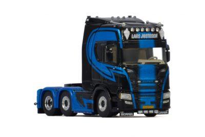 Lars Justesen Transport SCANIA R HIGHLINE | CR20H 6X2 TWINSTEER , Van WSI Models